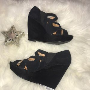 NINE WEST Black Leather Strappy Booties Heels 9M